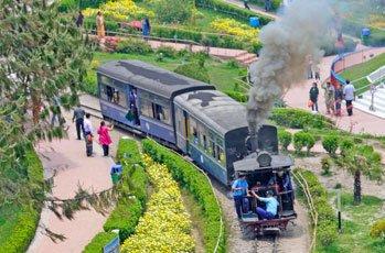 Kalimpong - Gangtok - Pelling - Darjeeling